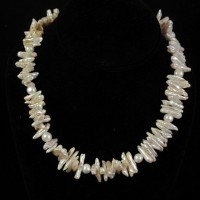 Stick Fresh Water Pearl Necklace