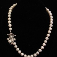Fresh Water Pearl With Toggle Necklace